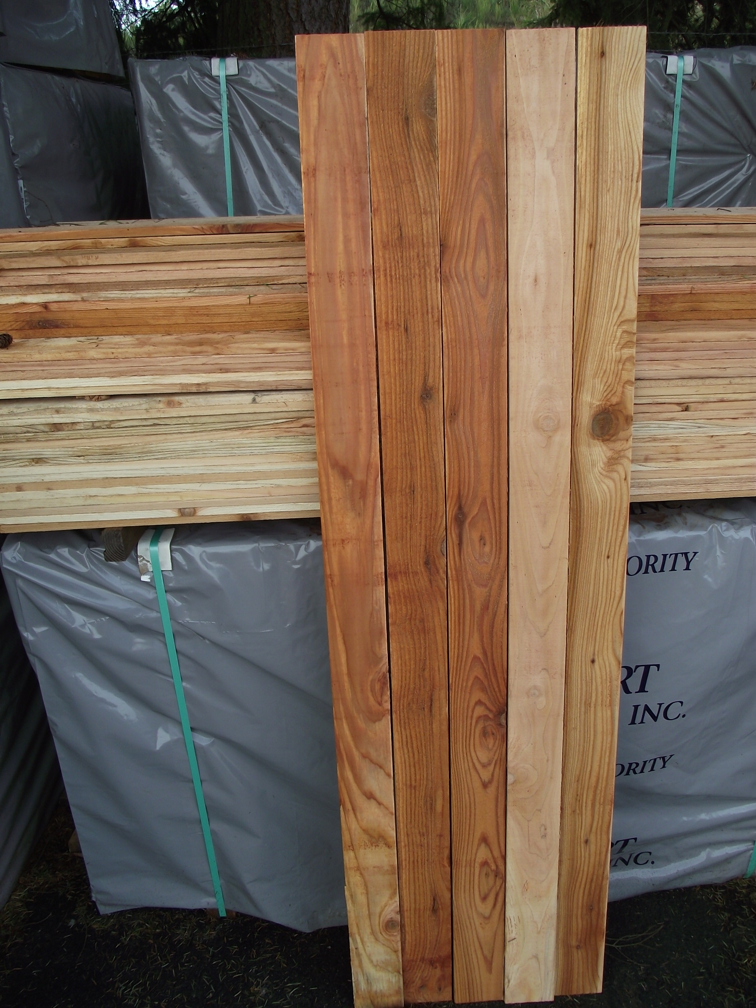1 215 4 6 1 Cedar Fence Board 171 Mill Outlet Lumber