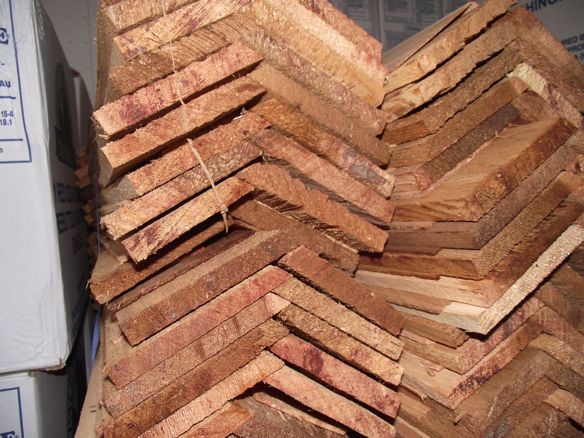 Western Red Cedar 24 Taper Sawn Ridge Medium 171 Mill